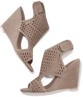 Avon Modern Perforated Wedge