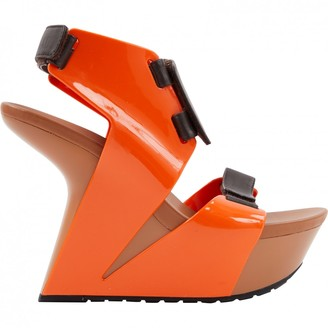 United Nude Orange Patent leather Sandals