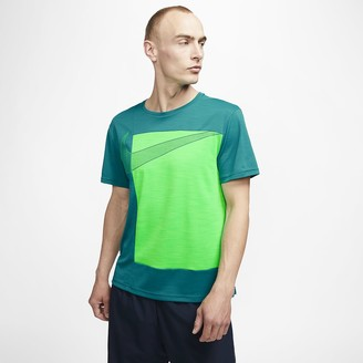 Nike Men's Short-Sleeve Graphic Training Top Superset