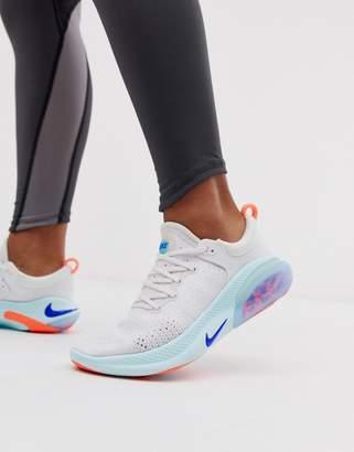 Nike Running joyride trainers in white