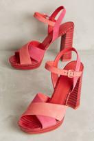 Pour La Victoire Yasmin Platform Sandals