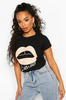 boohoo Petite Leopard Lips Slogan T-Shirt
