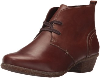Clarks Women's Wilrose Sage Ankle Bootie