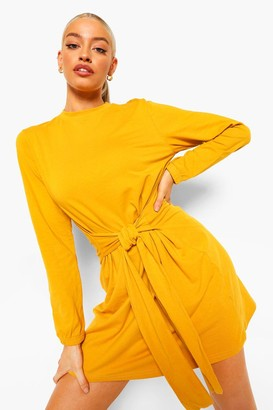 boohoo Long Sleeve Tie Waist Shift Dress