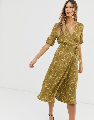 And other stories & floral print midi wrap dress in mustard-Brown