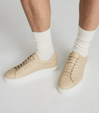 Reiss Finley - Perforated Leather Trainers in Biscuit