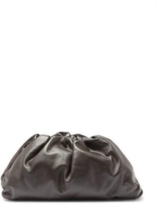 Bottega Veneta The Pouch Large Leather Clutch Bag - Brown