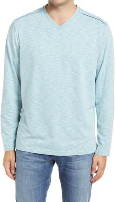 Tommy Bahama Fry Day Harbor Long Sleeve V-Neck T-Shirt