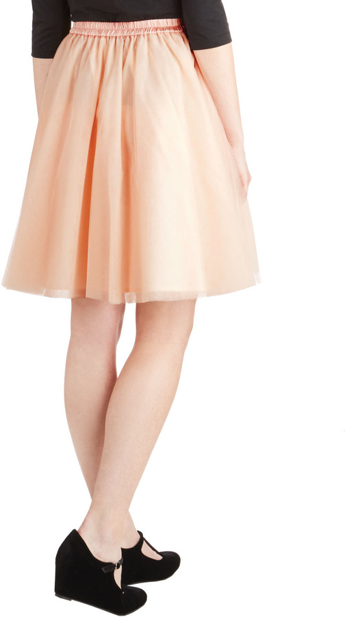Turning in Tulle Skirt in Peach