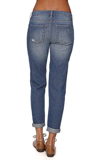 Bullhead Denim Co Boyfriend Jeans - Tumble Wash
