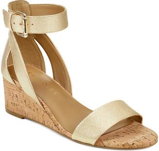 Aerosoles Women's Sandals GOLD - Metallic Gold Willowbrook Leather SandalOOK - Women