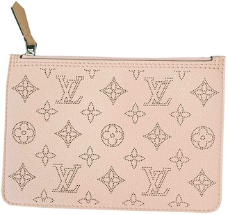 Louis Vuitton Mahina Pink Leather Clutch bags