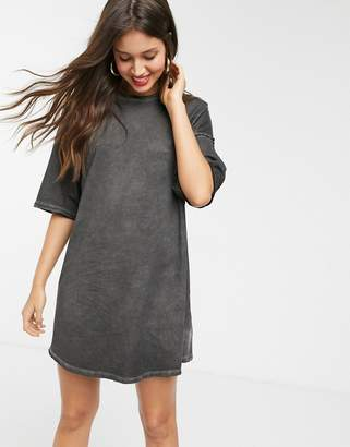 Asos Design DESIGN oversized t-shirt dress with raw edge-Black