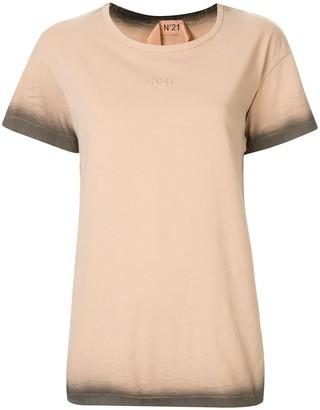No.21 ombre textured logo T-shirt