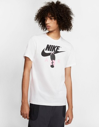 Nike t-shirt in white