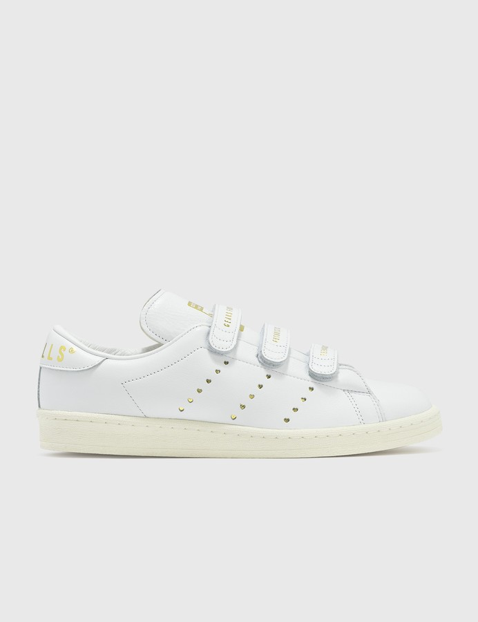 Retencion Dispensación Factibilidad  Adidas hook-and-loop Shoes | Shop the world's largest collection of fashion  | ShopStyle