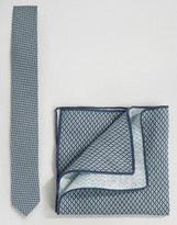 Minimum Tie And Pocket Square Set In Chambray