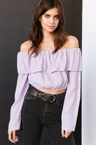 Silence & Noise Silence + Noise Cecilia Ruffle Off-The-Shoulder Top