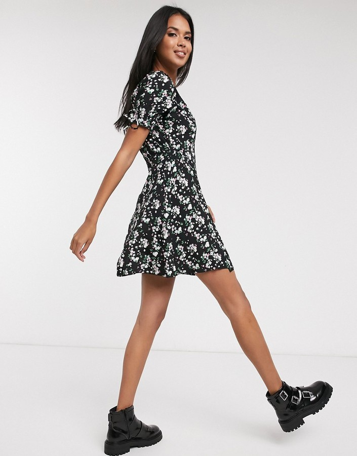 Thumbnail for your product : Pimkie wrap detail mini dress in black floral print