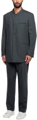 MAVECON Suits