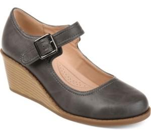 Journee Collection Women's Comfort Radia Wedges Women's Shoes