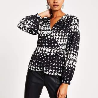 River Island Womens Black star print long sleeve wrap blouse