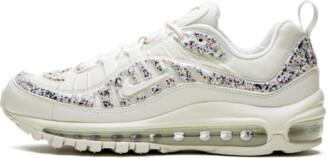 Nike Womens Air Max 98 LX Shoes - Size 6W