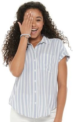 So Juniors' Short Sleeve Button Down Shirt