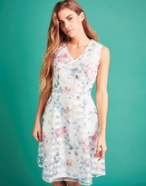 Yumi Floral Embroidered Belt Dress