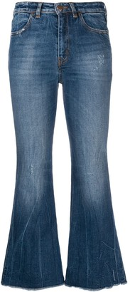 PT05 cher cropped flares