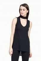 Select Fashion Fashion Womens Black Sleeveless Choker Top - size 6