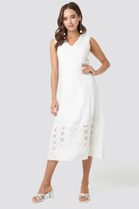 Trendyol Embroidery Detail Midi Dress