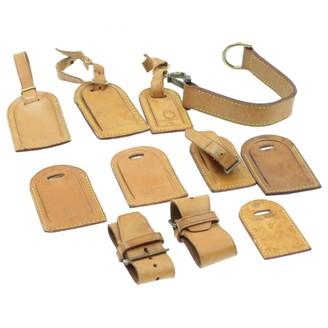 Louis Vuitton Beige Leather Bag charms