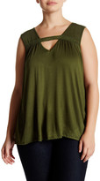 Hip V-Neck Crochet Bar Front Tank (Plus Size)