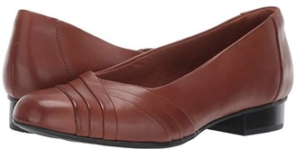 Clarks Juliet Petra (Navy Leather) Women's 1-2 inch heel Shoes