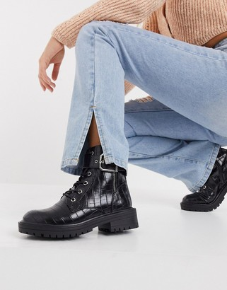 New Look buckle up croc chunky boot in black