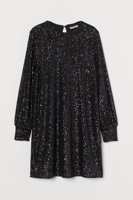 H&M Long-sleeved Sequined Dress