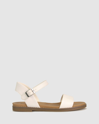 Zeroe - Women's White Flat Sandals - Wide Fit Atlas Footbed Sandals - Size One Size, 8 at The Iconic