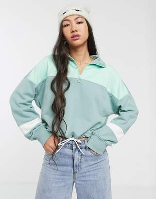 Monki colour block cropped sweat in mint-Green