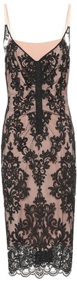 N°21 Scalloped lace dress