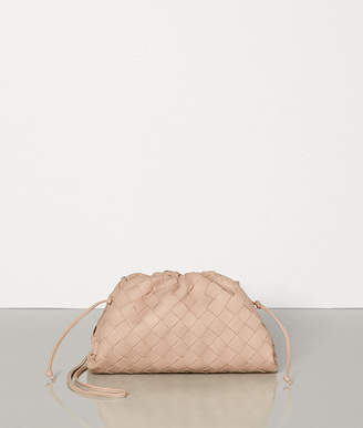 Bottega Veneta THE POUCH 20 IN MAXI INTRECCIO