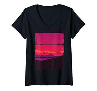 Womens Outdoor Sunset Vintage Style Mountains Nature Gift V-Neck T-Shirt