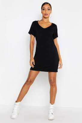 boohoo V Neck Short Sleeve T-Shirt Dress