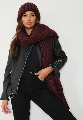 Missguided Burgundy Chunky Knit Hat And Scarf Set