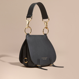 Burberry The Bridle Bag in Leather, Black