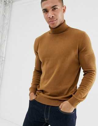 New Look roll neck sweater in camel-Tan