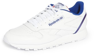 Reebok CL Leather Sneakers