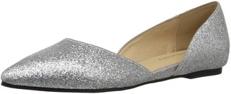 Chinese Laundry Women's Hearty Pointed Toe Flat