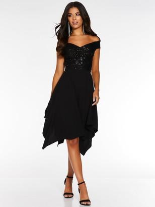 Quiz Bardot Hanky Hem Dress - Black