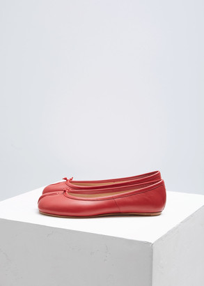 Maison Margiela Women's Tabi Ballerina Flat Shoes in Red Size 39 Leather